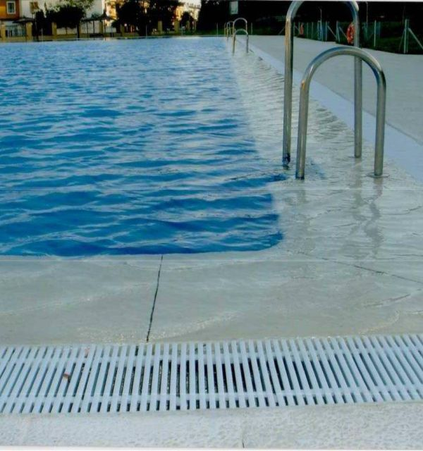 Empresa de construcci n de piscinas en sevilla y huelva for Empresas construccion piscinas