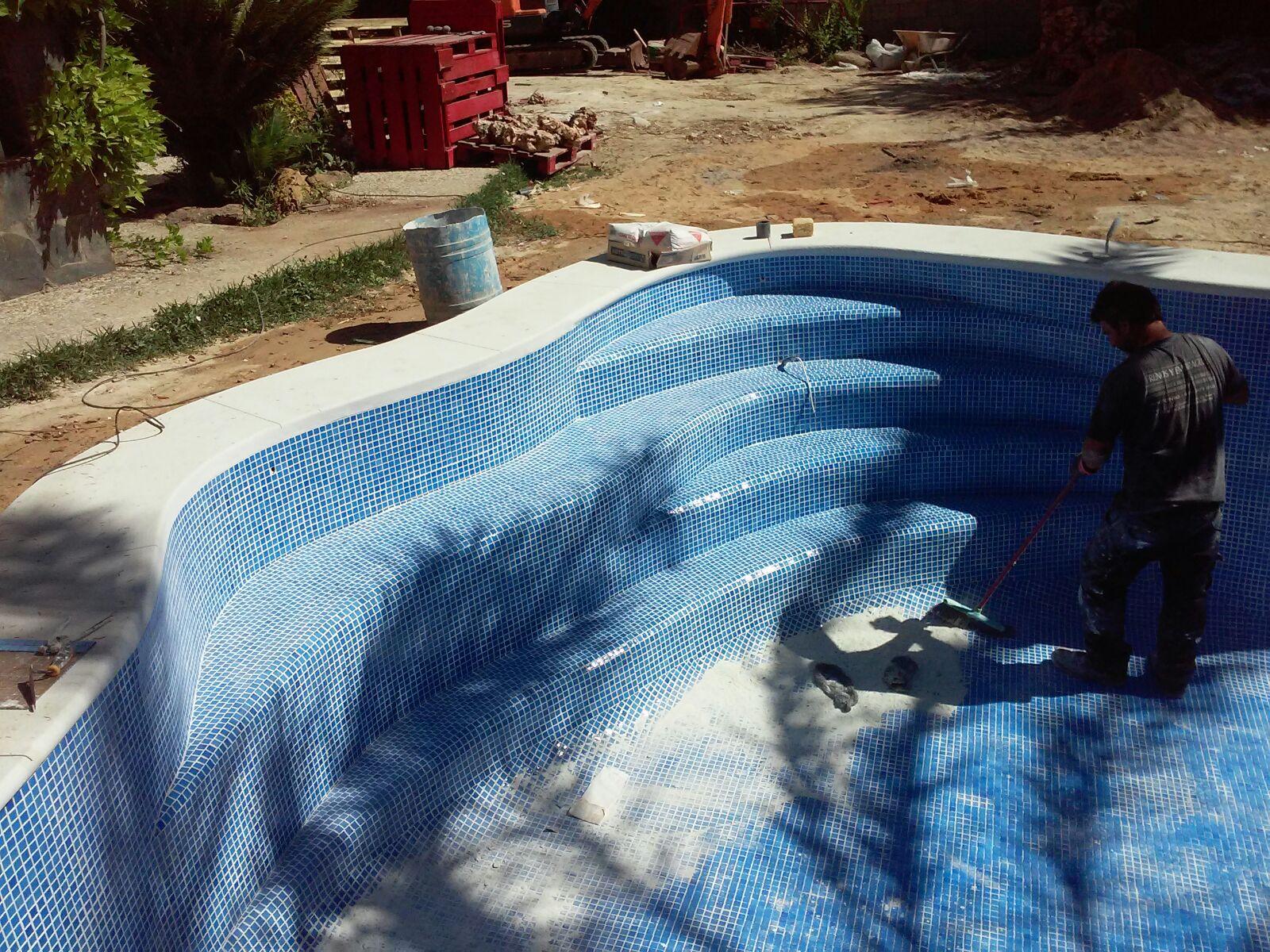 Imagenes whatsapp 709 construcci n de piscinas - Barrefondos para piscinas ...