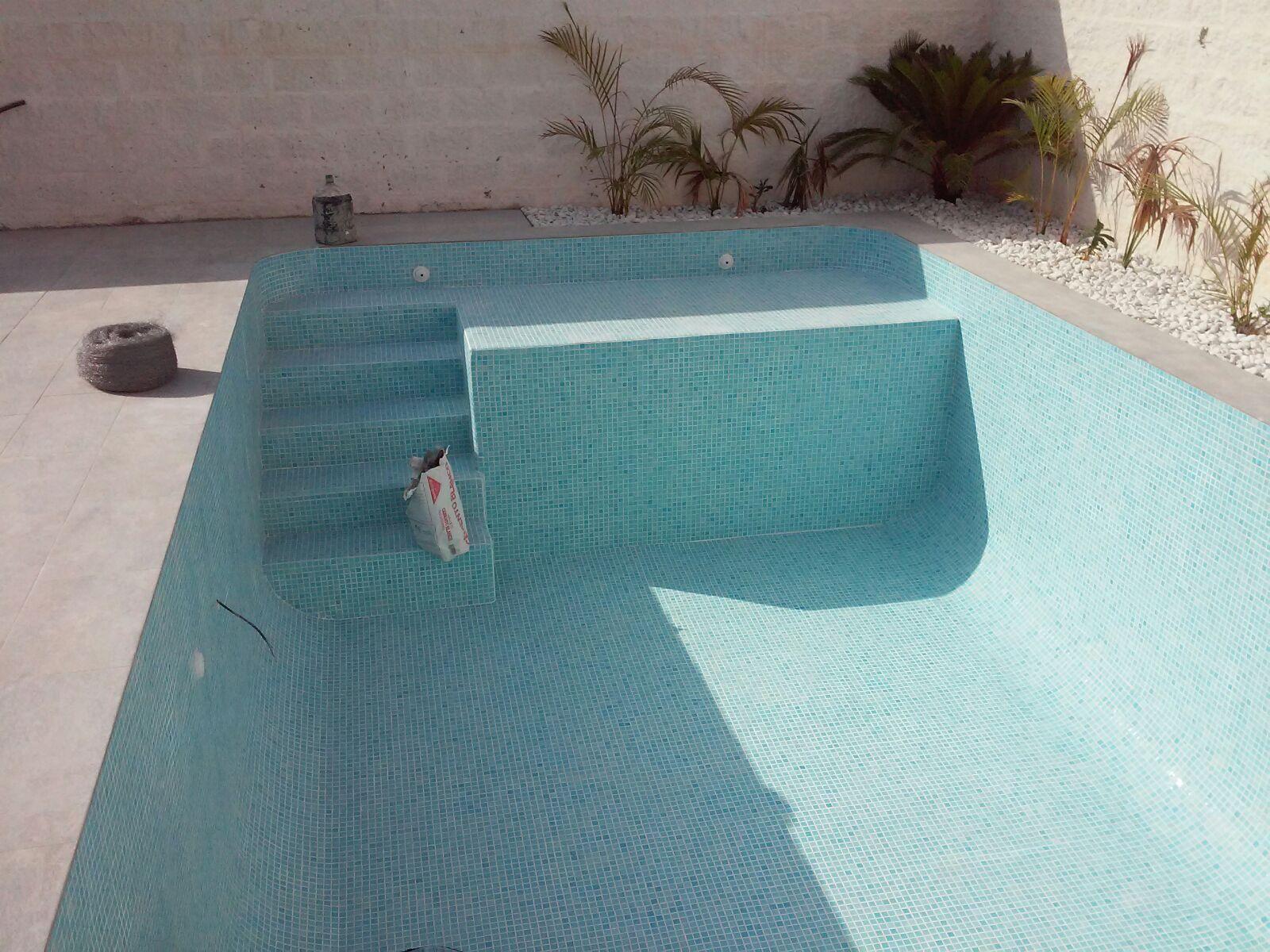 Imagenes whatsapp 777 construcci n de piscinas - Barrefondos para piscinas ...